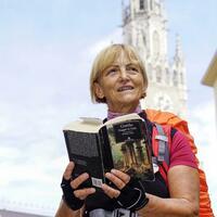 Italienerin wandert Goethes Weg nach - Foto: Andreas Gebert