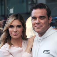 Robbie Williams & Ayda - Foto: Fabian Nitschmann