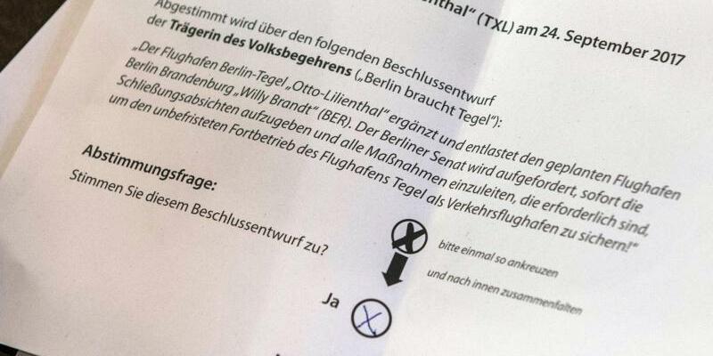 Volksentscheid Tegel - Foto: Paul Zinken