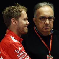 Marchionne und Vettel - Foto: Antonio Calanni