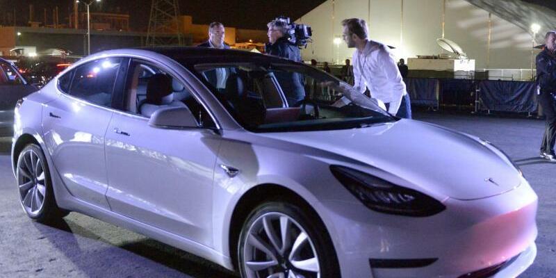 Tesla Model 3 - Foto: Andrej Sokolow