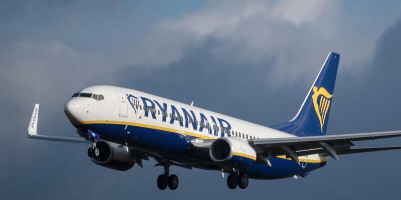 Ryanair - Foto: Boris Roessler