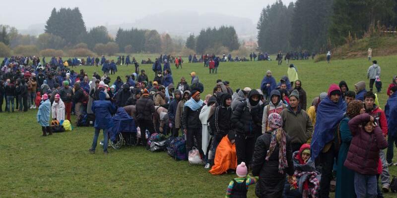 Flüchtlinge bei Wegscheid in Bayern - Foto: Sebastian Kahnert/Archiv