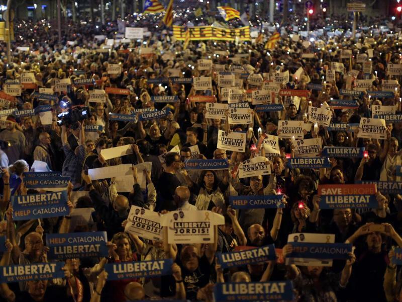 Krise in Katalonien - Foto: Emilio Morenatti