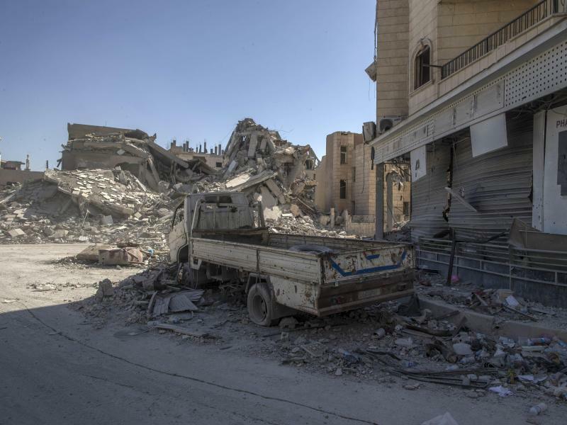 Zerstörtes Al-Rakka - Foto: Gabriel Chaim