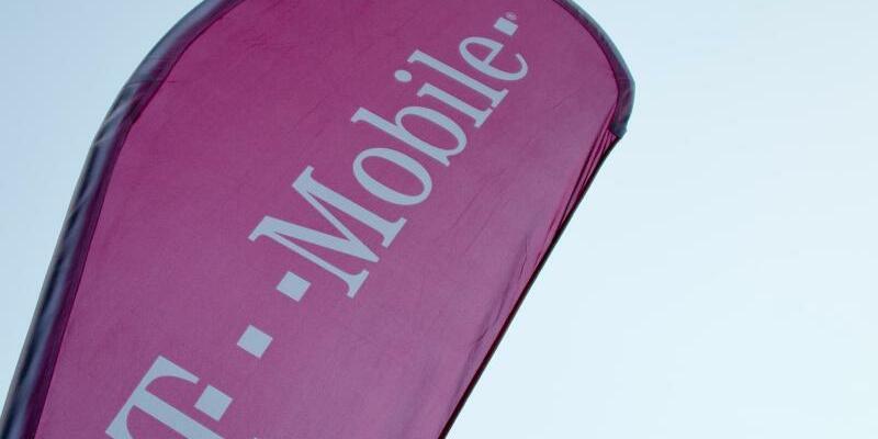 T-Mobile - Foto: Daniel Bockwoldt/Symbolbild