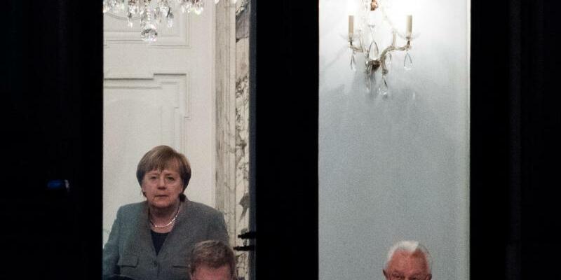 Sondierungsgespräche - Foto: Bernd von Jutrczenka