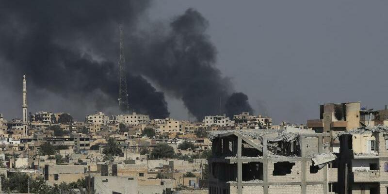 IS verliert Al-Rakka - Foto: Hussein Malla/Archiv