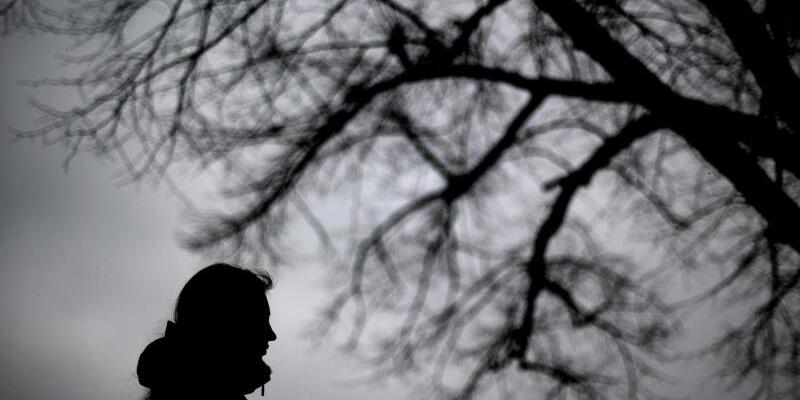 Illustration Depression - Foto: Auch in Deutschland wird die Ketamin-Therapie langsam bekannter. Foto:Julian Stratenschulte