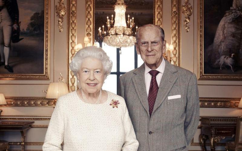 Königin Elizabeth + Prinz Philip - Foto: Matt Holyoak/Camerapress