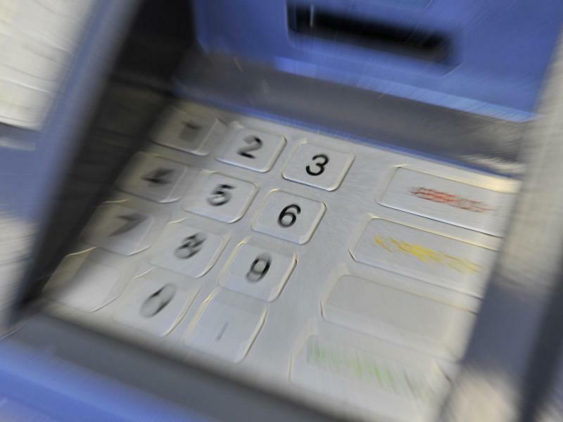Geldautomat - Foto: Marius Becker