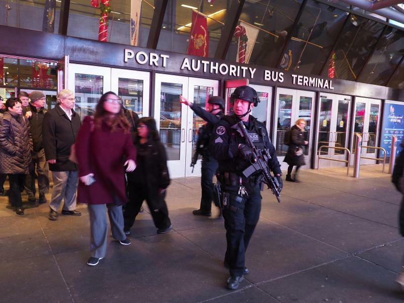 Port Authority Bus Terminal - Foto: Anthony Delmundo/New York Daily News