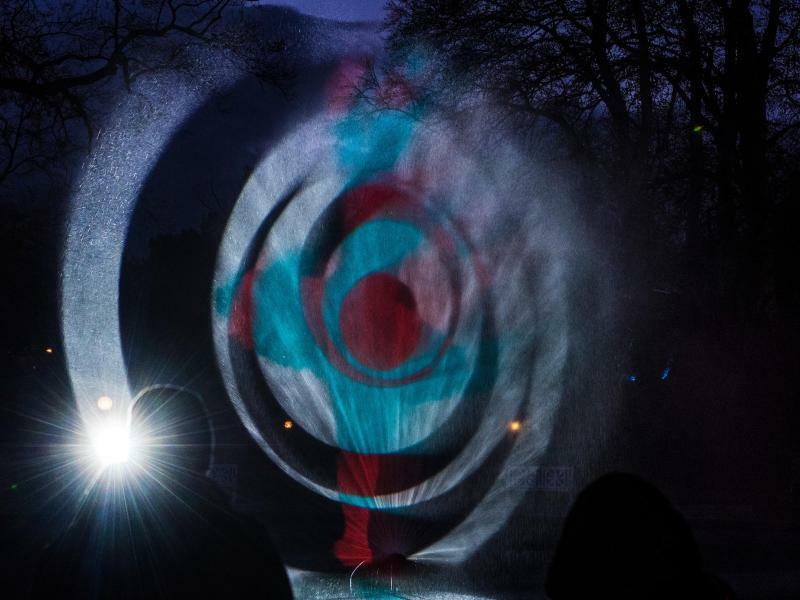 Lichtkunst - Foto: Boris Roessler