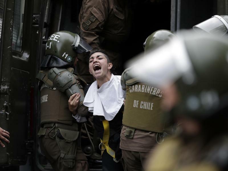 Wut auf den Papst - Foto: Victor R. Caivano
