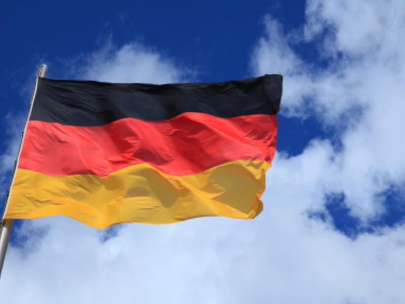 Flagge Deutschlands - Foto: iStockphoto.com / uschools