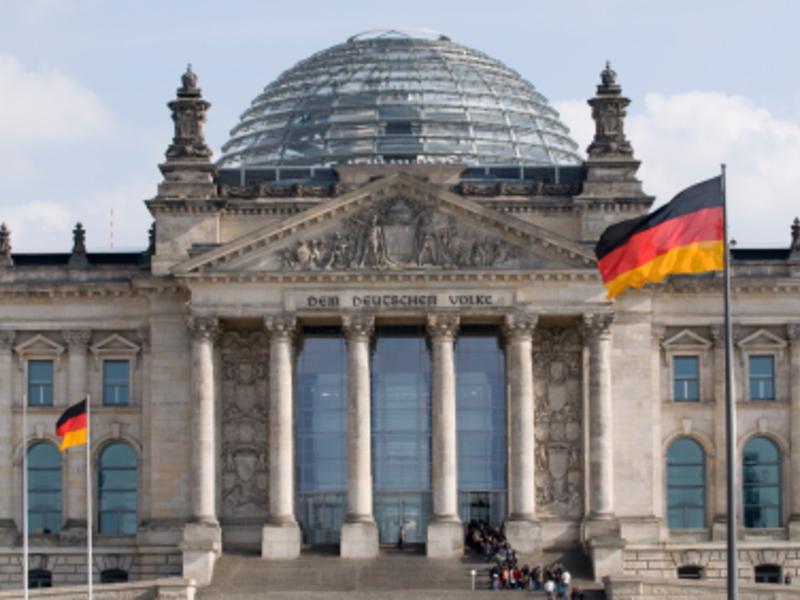 Reichstag - Foto: iStockphoto.com / Ziutograf