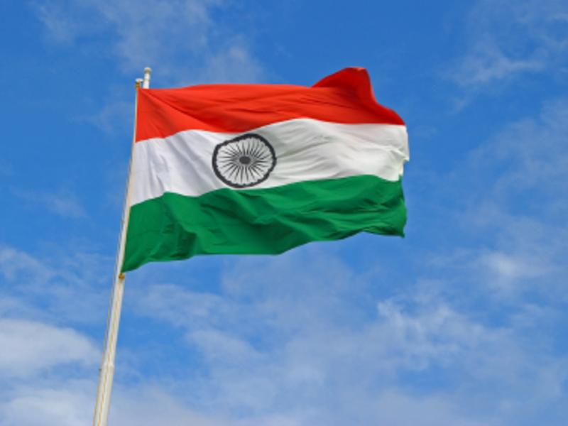 Flagge Indiens - Foto: iStockphoto.com / paresh3d