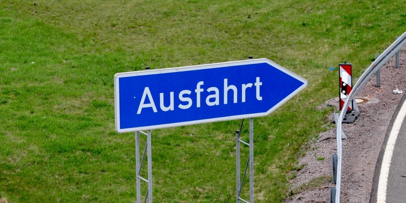 Ausfahrts-Schild an einer Autobahn - Foto: über dts Nachrichtenagentur