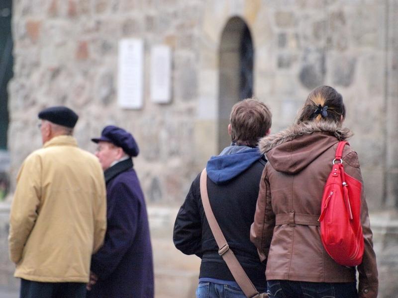 Senioren und Jugendliche - Foto: über dts Nachrichtenagentur