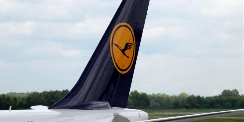 Lufthansa-Maschine am Flughafen - Foto: über dts Nachrichtenagentur