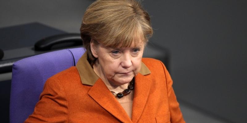 Angela Merkel schaut ahnungslos - Foto: über dts Nachrichtenagentur