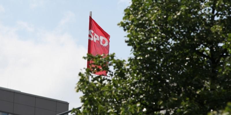 SPD-Fahne - Foto: über dts Nachrichtenagentur