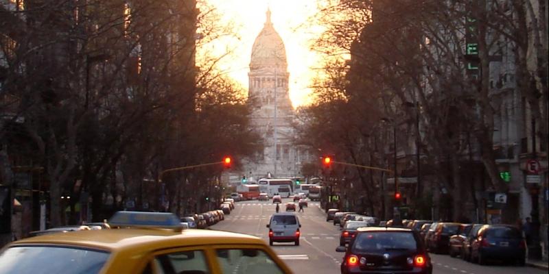 Straßenszene in Buenos Aires vor Argentinischem Nationalkongress (Parlament) - Foto: über dts Nachrichtenagentur