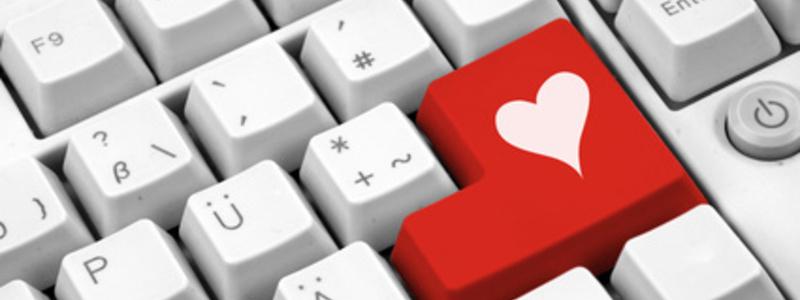 Viele suchen ihr Glück in der Liebe mittlerweile im Internet. - Foto: © VRD - Fotolia.com