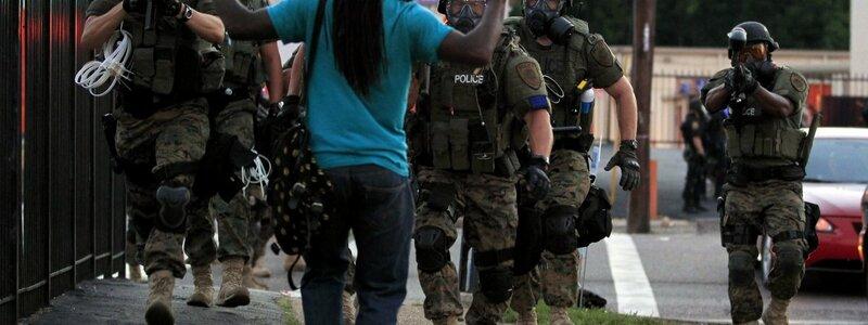 Polizeigewalt eskaliert in Ferguson - Foto: Günther Lause