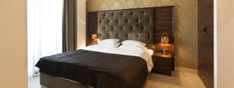 Das richtige Bett ist nur durch ein Probeschlafen herauszufinden - Foto: © rilueda - Fotolia.com