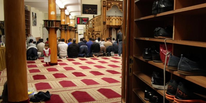 Gläubige Muslime beim Gebet in einer Berliner Moschee - Foto: über dts Nachrichtenagentur