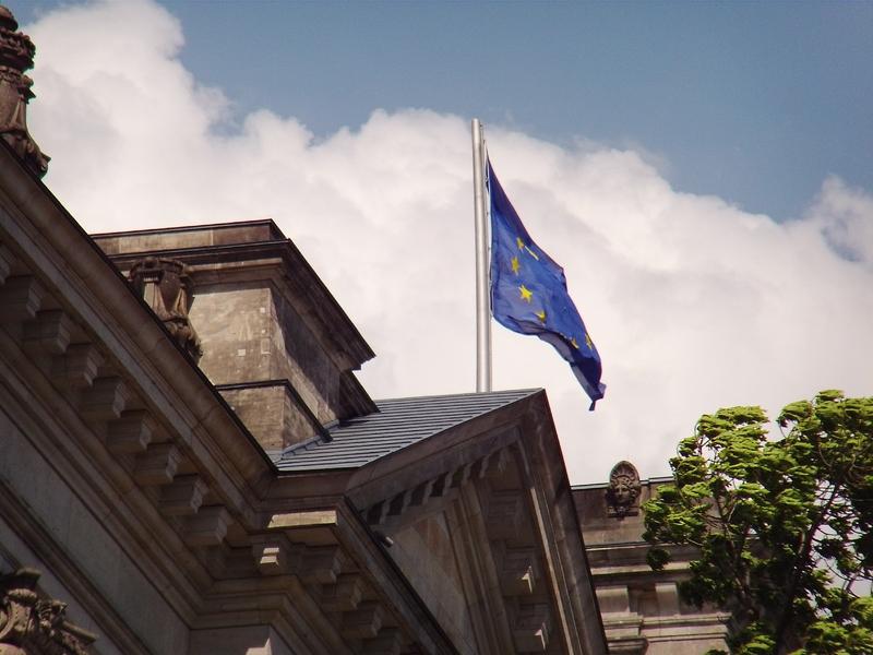 EU Flagge - Foto: ad-hoc-news.de