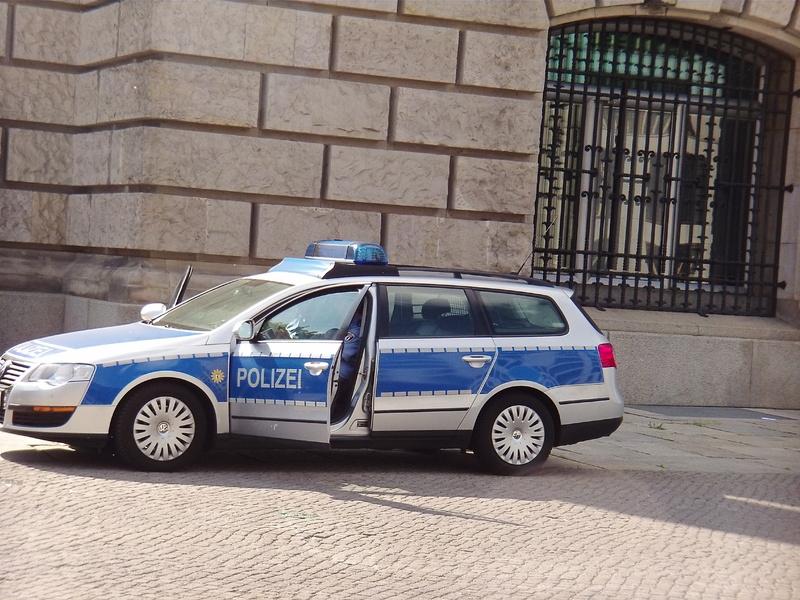 Polizeiauto Bundestag - Foto: ad-hoc-news.de