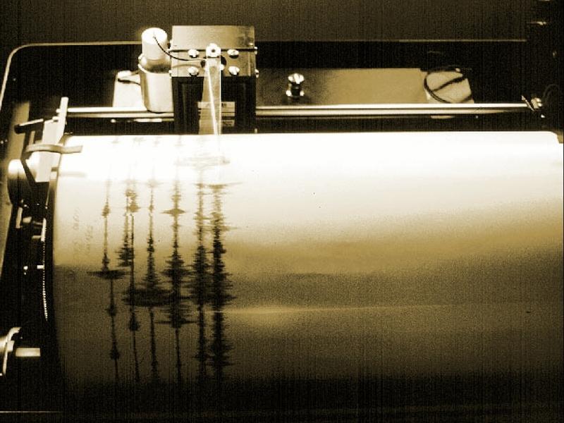 Seismograph bei der Aufzeichnung eines Erdbebens - Foto: über dts Nachrichtenagentur