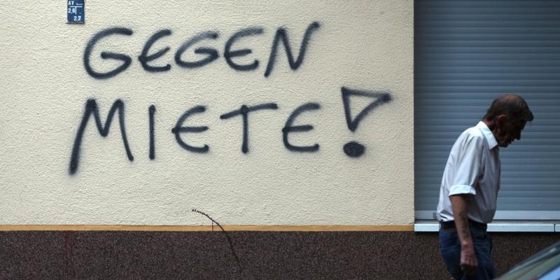 Gegen Miete-Graffiti an einer Hauswand in Berlin-Neukölln - Foto: über dts Nachrichtenagentur