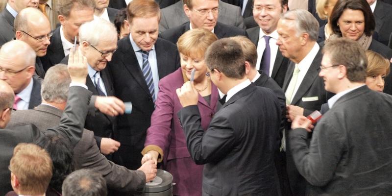 Bundestag entscheidet über Euro-Rettungsschirm - Foto: über dts Nachrichtenagentur