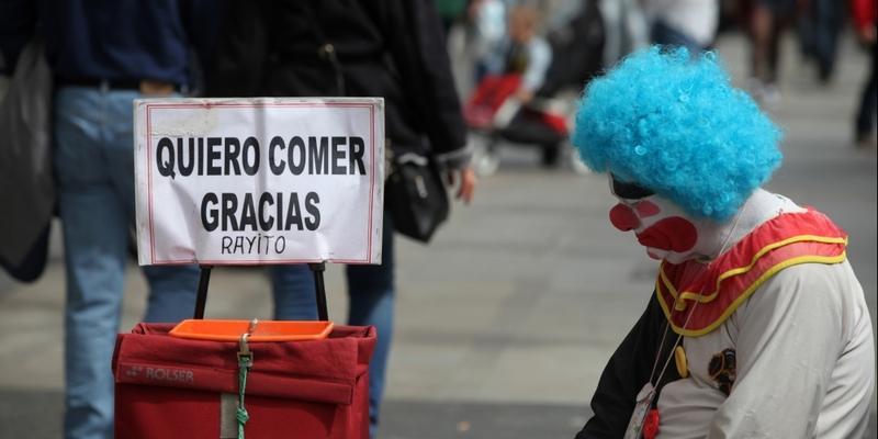 Ein trauriger Clown bettelt in Spanien - Foto: über dts Nachrichtenagentur