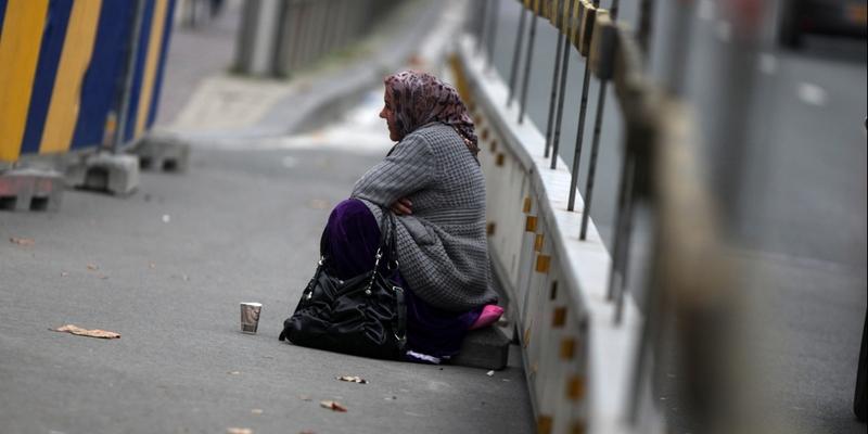 Bettlerin - Foto: über dts Nachrichtenagentur