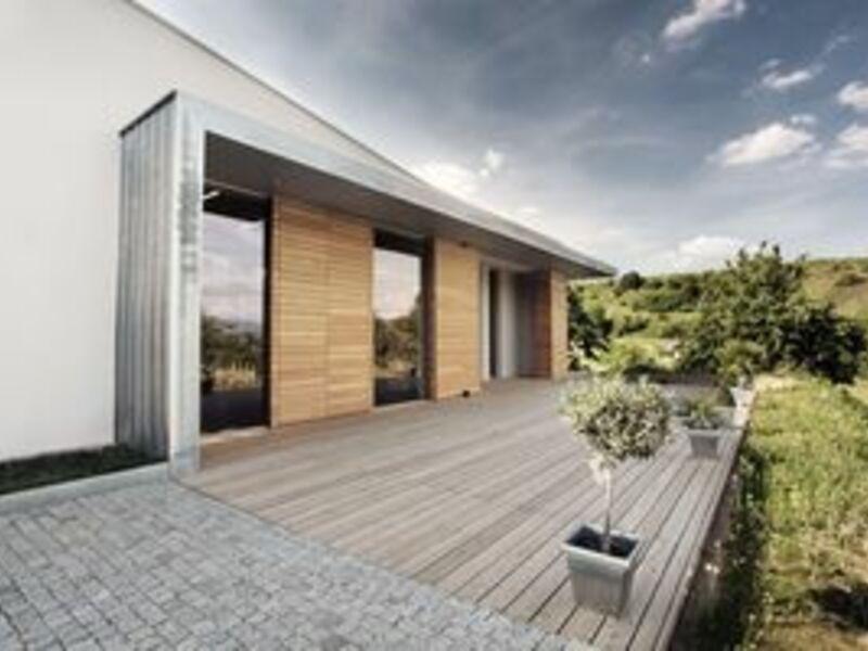 Naturnah gebaut, ökologisch gedämmt - Foto: Arndt Köbelin, pressetext.de