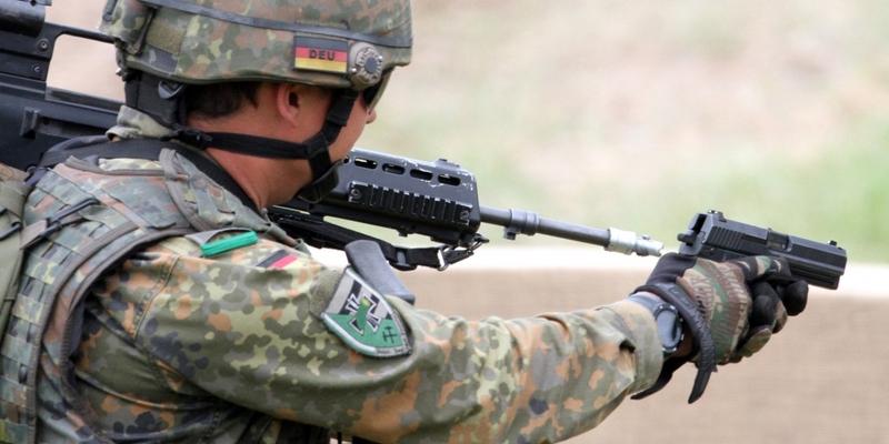 Bundeswehr-Soldat mit Pistole - Foto: über dts Nachrichtenagentur