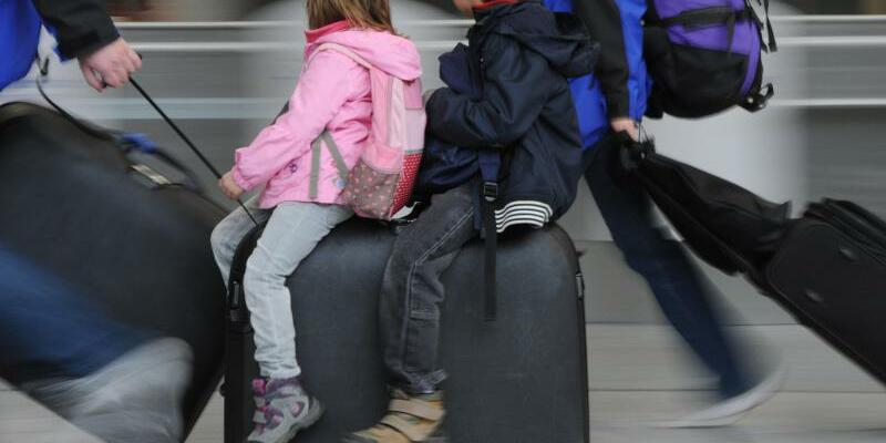 Urlaub mit Kindern - Foto: Arne Dedert/Archiv