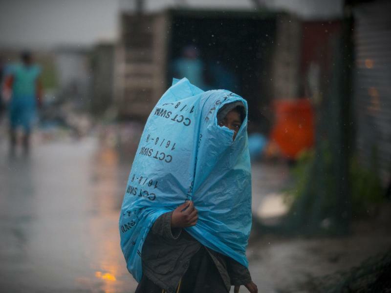 Regenschutz - Foto: Nic Bothma