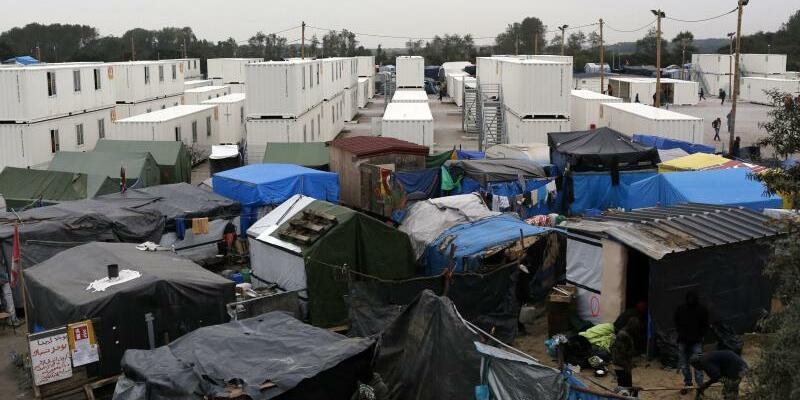 Flüchtlingslager in Calais - Foto: Thibault Vandermersch