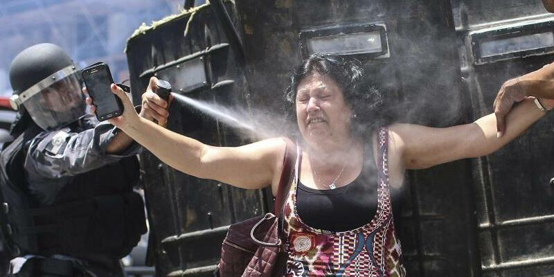 State workers' protest - Foto: Antonio Lacerda