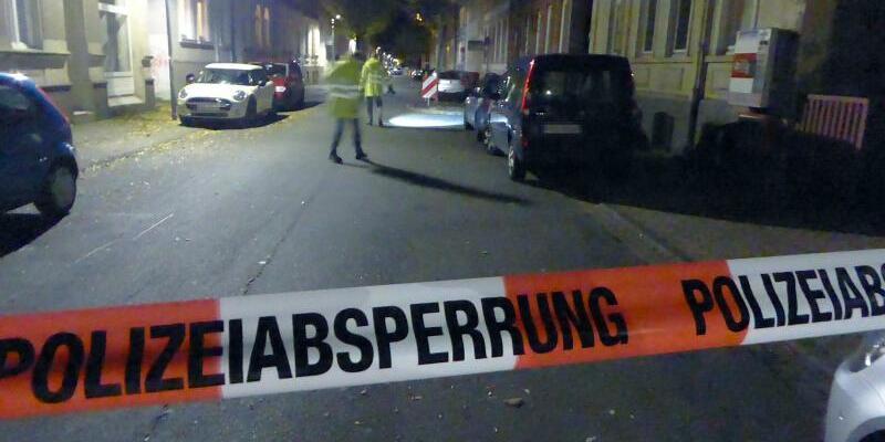 Polizeiabsperrung - Foto: Polizeiinspektion Hameln-Pyrmont/Holzminden/dpa