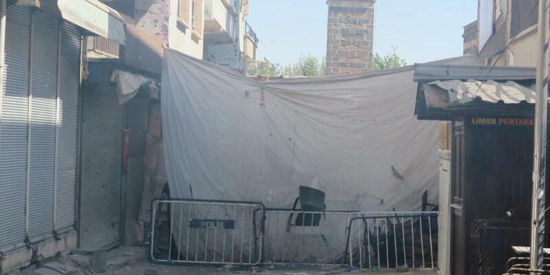 Stadtviertel Sur in Diyarbakir - Foto: Das Viertel Sur in Diyarbakir im September dieses Jahres. Nach Gefechten mit PKK-Kämpfern mussten die Anwohner das Viertel verlassen. Foto:Mirjam Schmitt