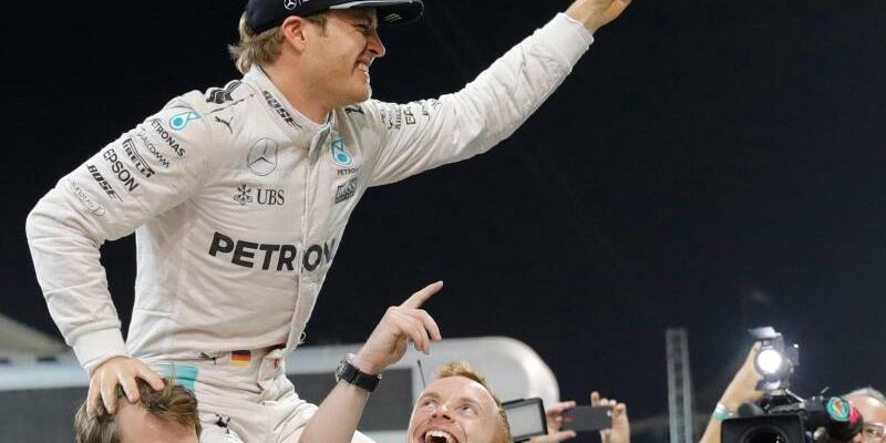 Weltmeister - Foto: Mercedes-Pilot Nico Rosberg wurde erstmals Formel-1-Weltmeister und beendete anschließend seine Karriere. Foto:Valdrin Xhemaj
