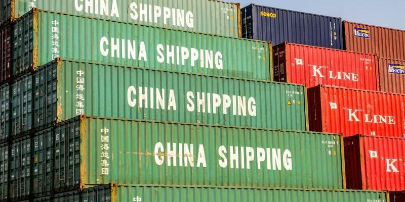 Containerhafen Shanghai - Foto: Ole Spata