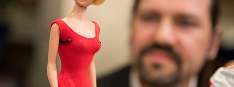 Barbie-Forschung - Foto: Daniel Karmann