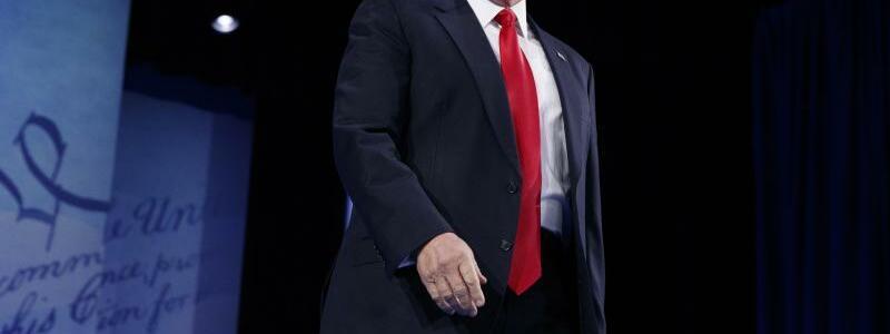 Donald Trump - Foto: Angriffslustig:US-Präsident Donald Trump bei der konservativen CPAC-Konferenz. Foto:Evan Vucci